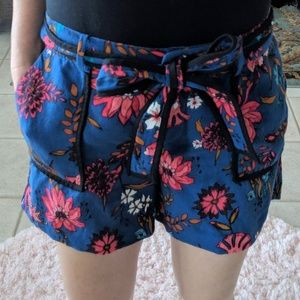 Loft Tie Front Floral Shorts
